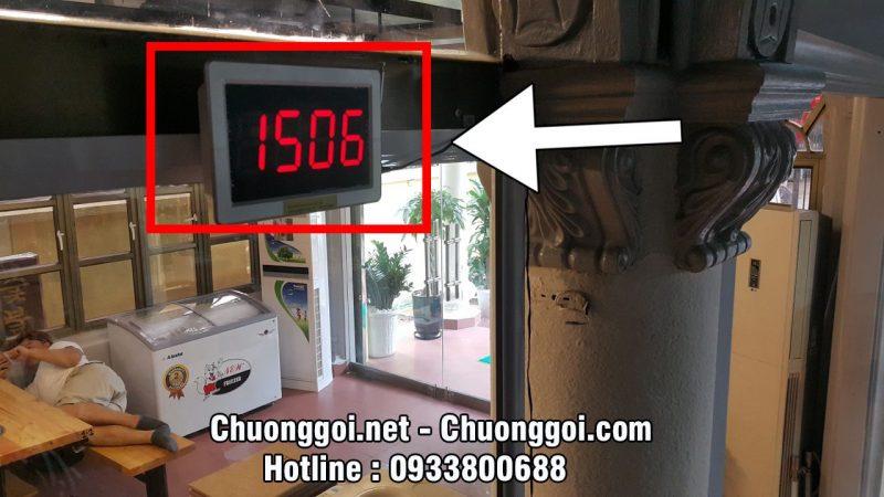Bảng hiển thị số tại nhà hàng Sông Hồng