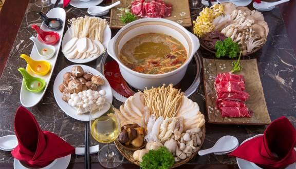 các món lẩu nấm tại nhà hàng ashima